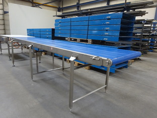 Lopende band RVS: 3975 x 800 mm